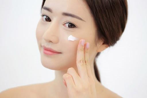 review kem dưỡng shiseido