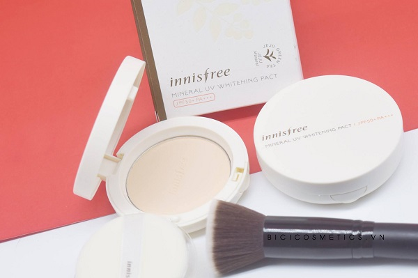 Mineral UV Whitening Pact SPF50 PA+++